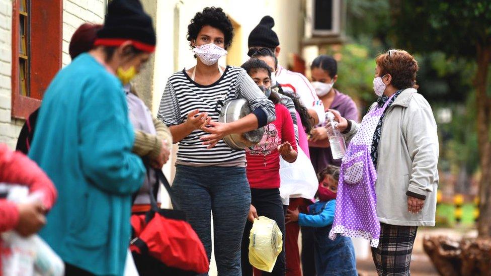 Coronavirus y crisis económica: por qué hay una inflación tan baja en América Latina y qué dice de la economía de la región