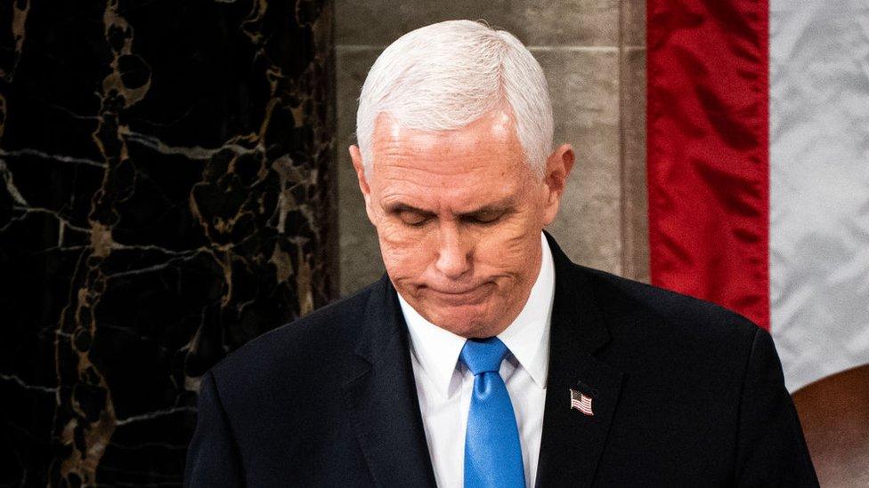 Asalto al Capitolio: la difícil posición en la que está el vicepresidente Mike Pence y por qué se convirtió en figura clave de la crisis política en EE.UU.
