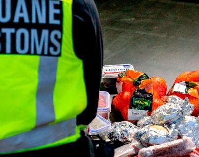 """""""Bienvenido al Brexit"""": la sorpresa del camionero británico cuando le confiscaron sus sándwiches en la frontera neerlandesa"""