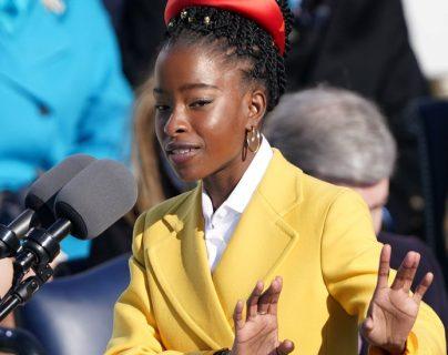 Amanda Gorman se convirtió en la poeta más joven en actuar en una investidura presidencial.