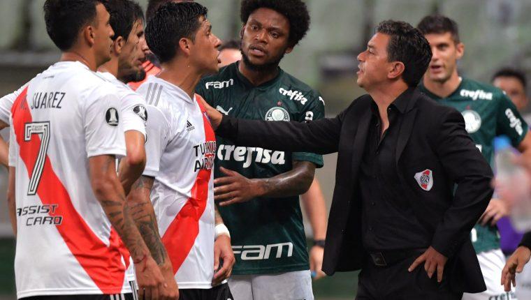 El entrenador de River Marcelo Gallardo no pudo llegar a su tercera final consecutiva en Copa Libertadores. Foto Prensa Libre: EFE.