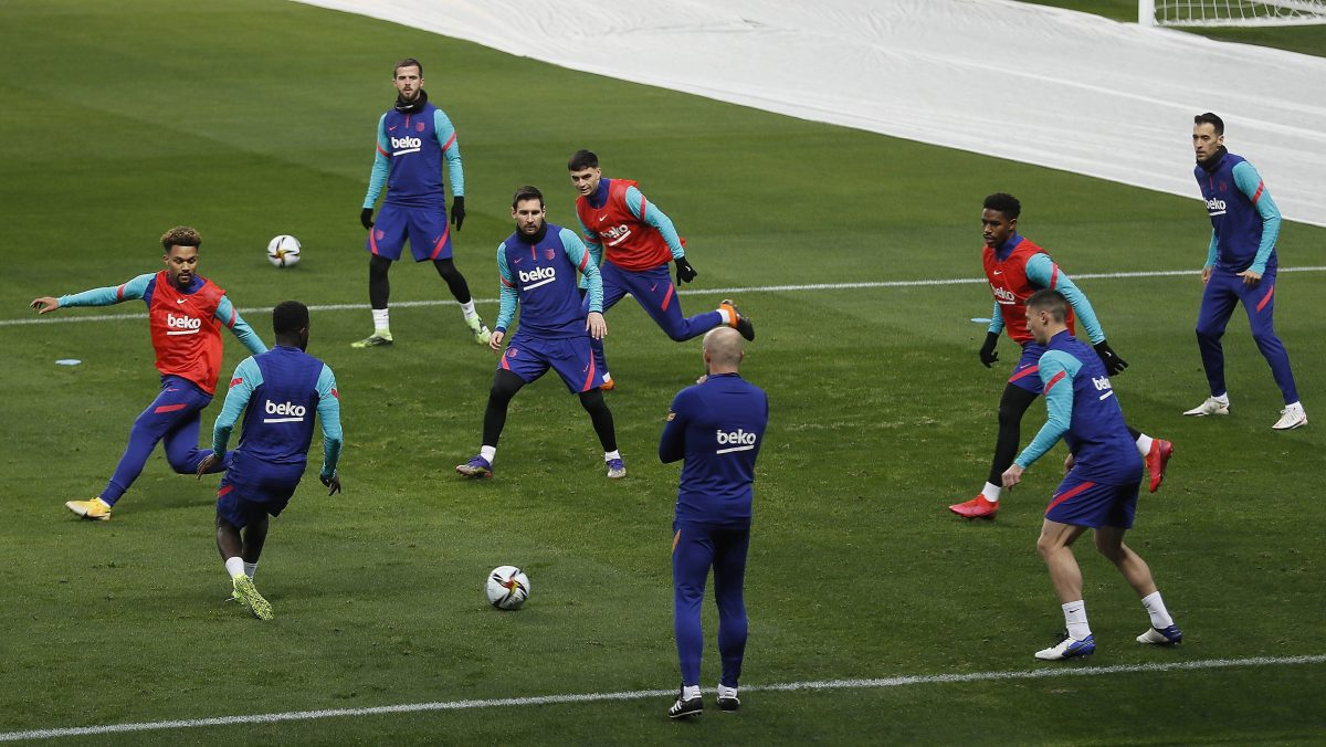"""""""Tenemos la esperanza de que Messi pueda estar"""" en la final, dice Koeman"""