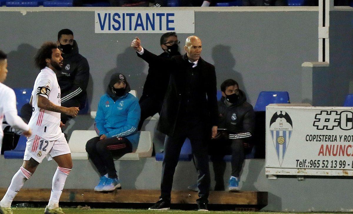 Zinedine Zidane seguirá al mando del Real Madrid después de la eliminación de la Copa del Rey