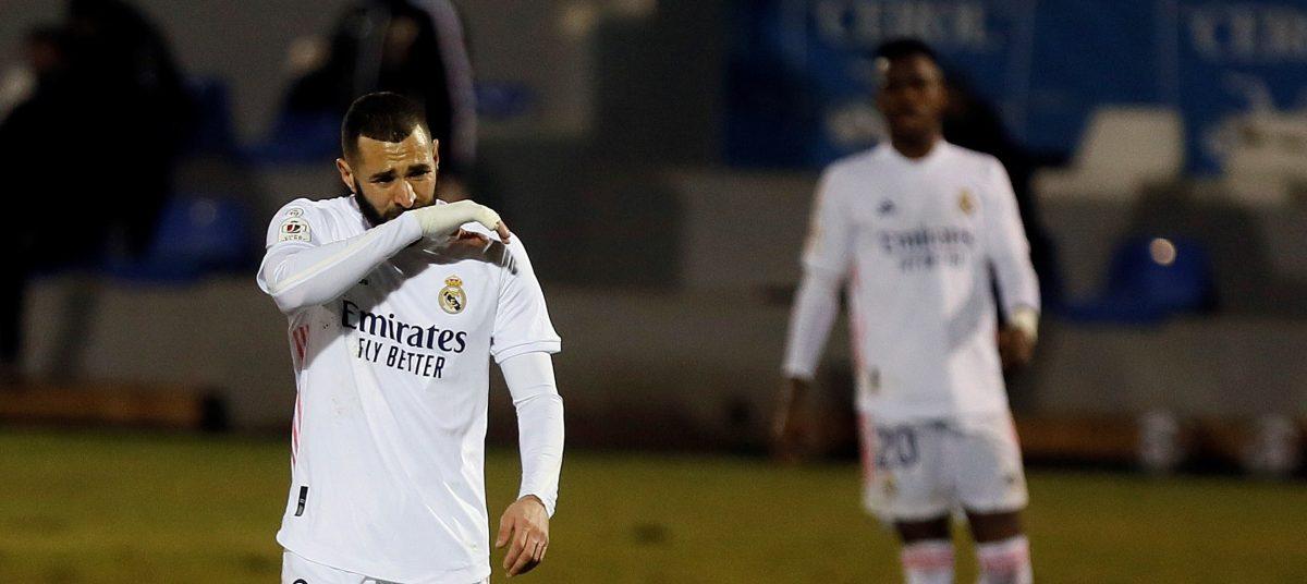 """""""Ridículo histórico"""": el Alcoyano de la Segunda División B tumba al Real Madrid y aficionados piden la renuncia de Zidane"""