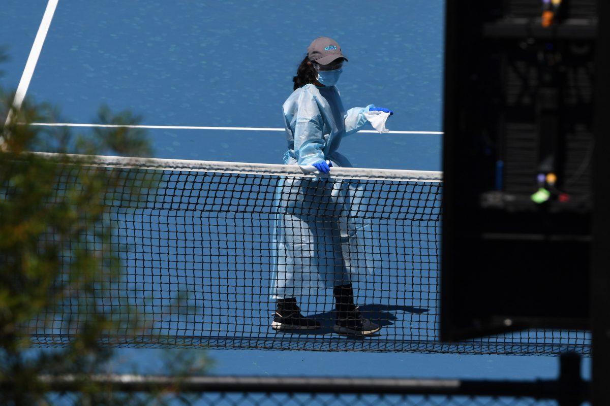 Dos tenistas más del Abierto de Australia dan positivo al test de covid-19