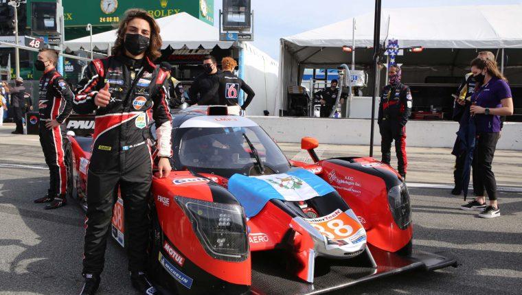 Mateo finalizó en el puesto sexto con su equipo en su primera participación en las 24 horas de Daytona. Foto Prensa Libre: Cortesía