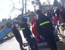 Accidente en la aldea Xatinap Primero, Santa Cruz del Quiché. (Foto Prensa Libre: Bomberos Municipales Departamentales)