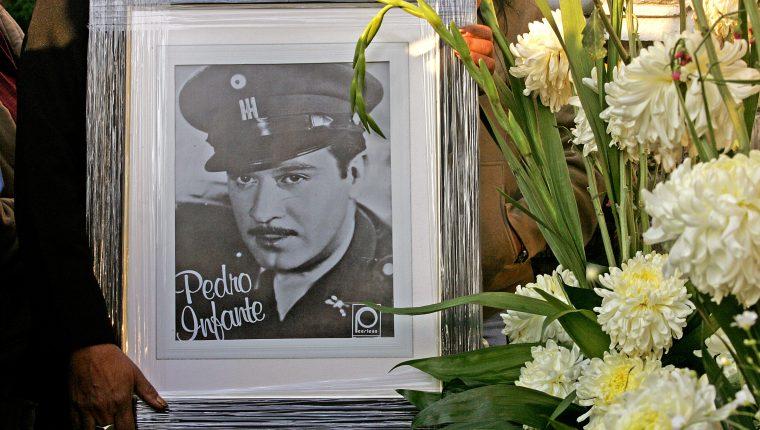 Pedro Infante falleció en 1957 y sus películas serían siendo un éxito durante décadas. En 1959, Pepe el To r o sería exhibida en Zacapa, pero fue prohibida por los conflictos con el país mexicano.  (Foto Prensa Libre: AFP).