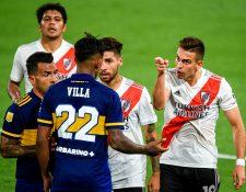 Boca Juniors rescató un empate 2-2 en La Bombonera ante River Plate en la Copa Diego Maradona. (Foto Prensa Libre: AFP)
