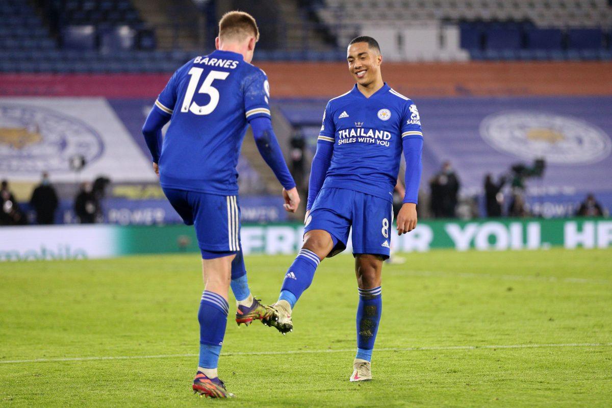 Leicester se coloca segundo, Lampard gana tiempo y Leeds no reacciona