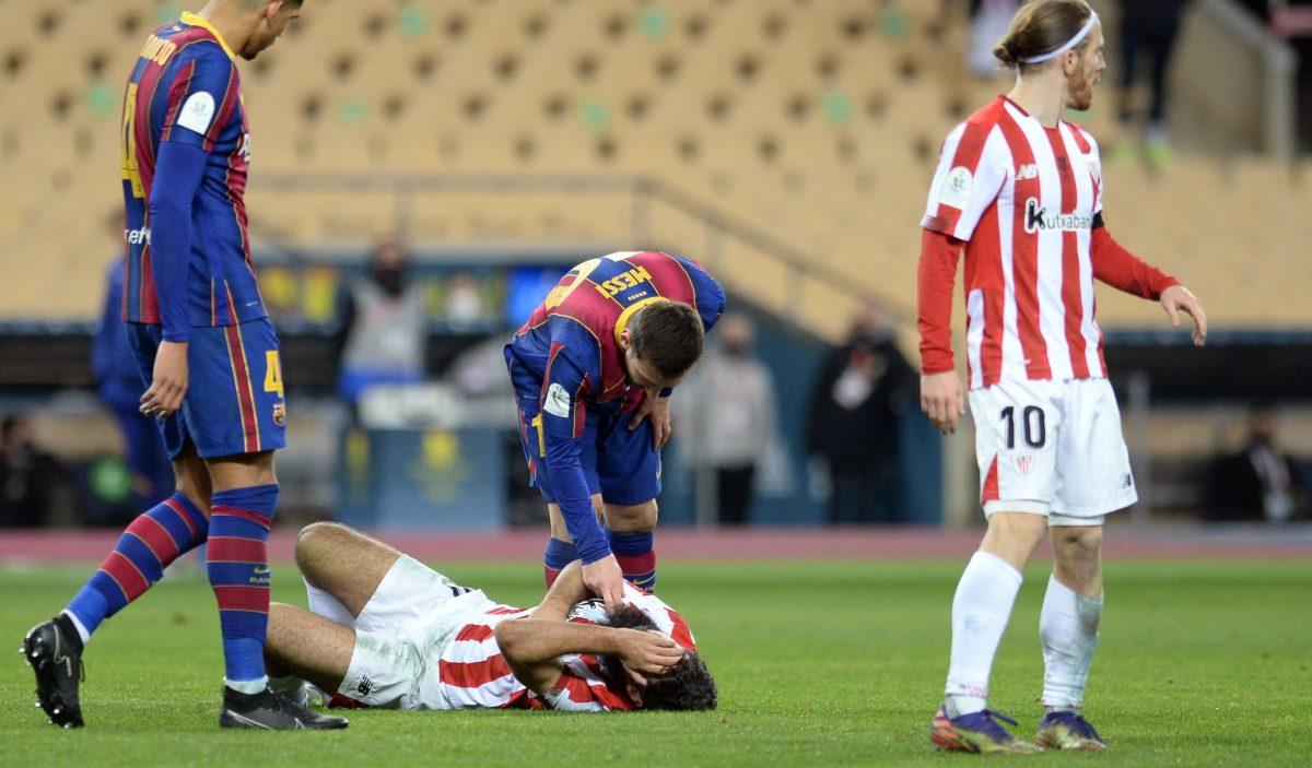 Messi termina expulsado con una tarjeta roja y los memes se encargan de hacerlo viral tras la final de la Supercopa de España