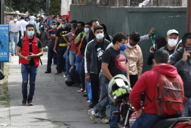 Fotogalería: guatemaltecos comienzan el 2021 con distintos trámites para obtener documentos
