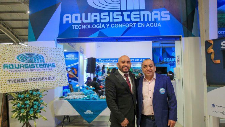 Aquasistemas abrió las puertas de una nueva sucursal en la Calzada Roosevelt 34-94, en el interior de las instalaciones del  Rey de la Cerámica. Foto Prensa Libre: Norvin Mendoza