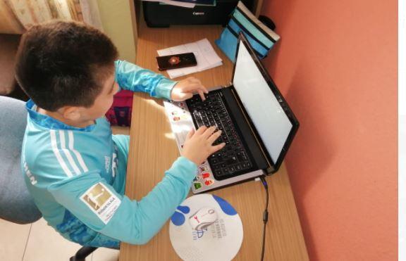 Educación detalla cómo serán las clases de acuerdo a las alertas sanitarias y aclara sobre el uso de uniforme en sistema virtual