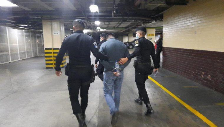 Mario Alfredo Hurtarte Ramírez, alias Cantinflas, es requerido por EE. UU. por narcotráfico. (Foto Prensa Libre: PNC)