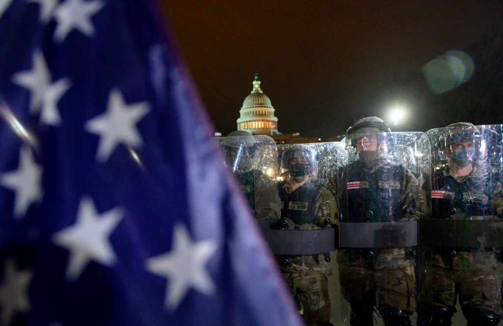 Balance fatal: sube a cuatro la cifra de muertos por el asalto al Capitolio de Estados Unidos
