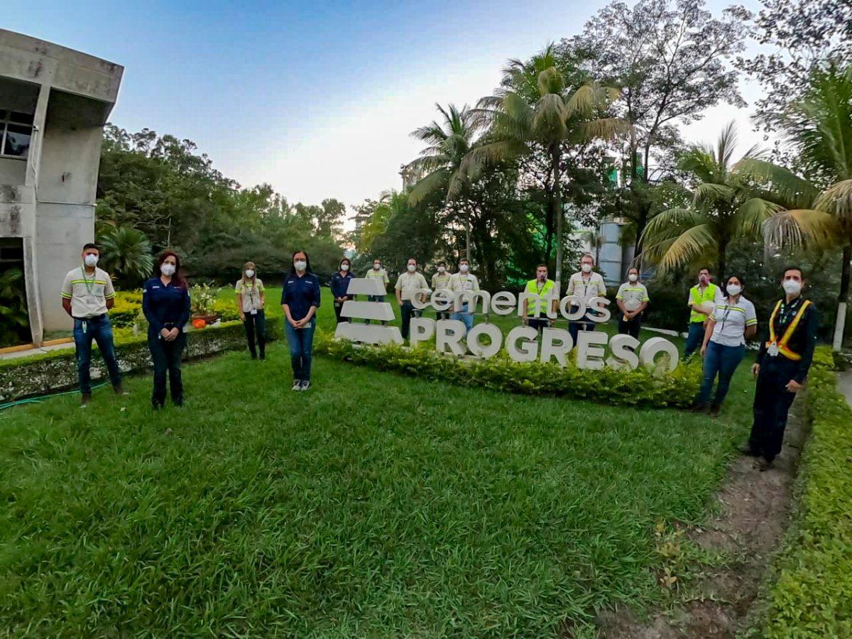 Cementos Progreso recibe certificación como Operador Económico Autorizado de la SAT