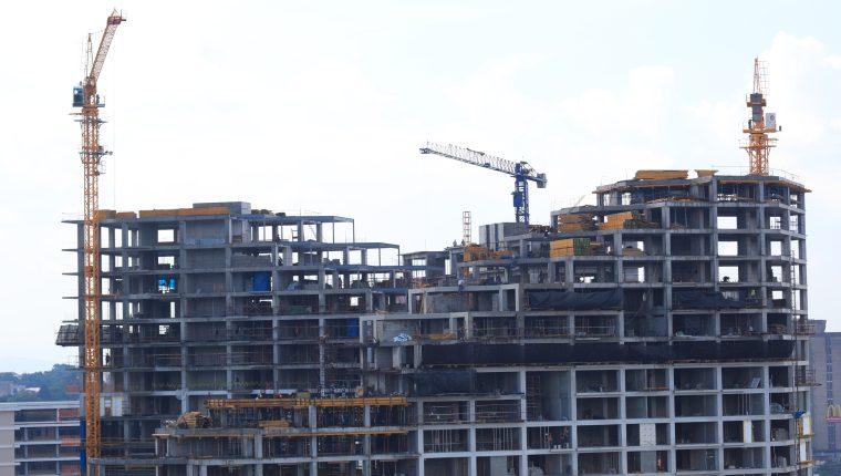 Las tendencias cambiaron y el sector construcción también se está readecuando a la nueva demanda de inmuebles. (Foto, Prensa Libre: Hemeroteca PL).
