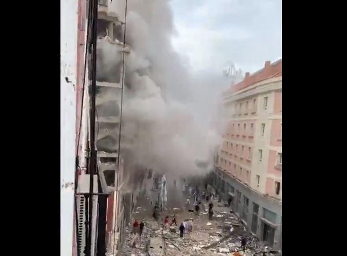 Fuerte explosión se registra en el centro de Madrid, España
