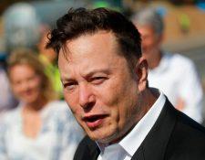 Elon Musk ha superado por 1 mil 500 millones de dólares a la fortuna de Jeff Bezos, fundador de Amazon quien era desde el 2017 el hombre más rico del mundo. (Foto Prensa Libre: AFP)