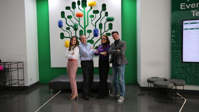 Paola de la Torre, Pablo Cordón, Ingrid Gamboa, Luis Fernando Cordón , socios y directores de Ethikos Global. (Foto Prensa Libre: Cortesía)