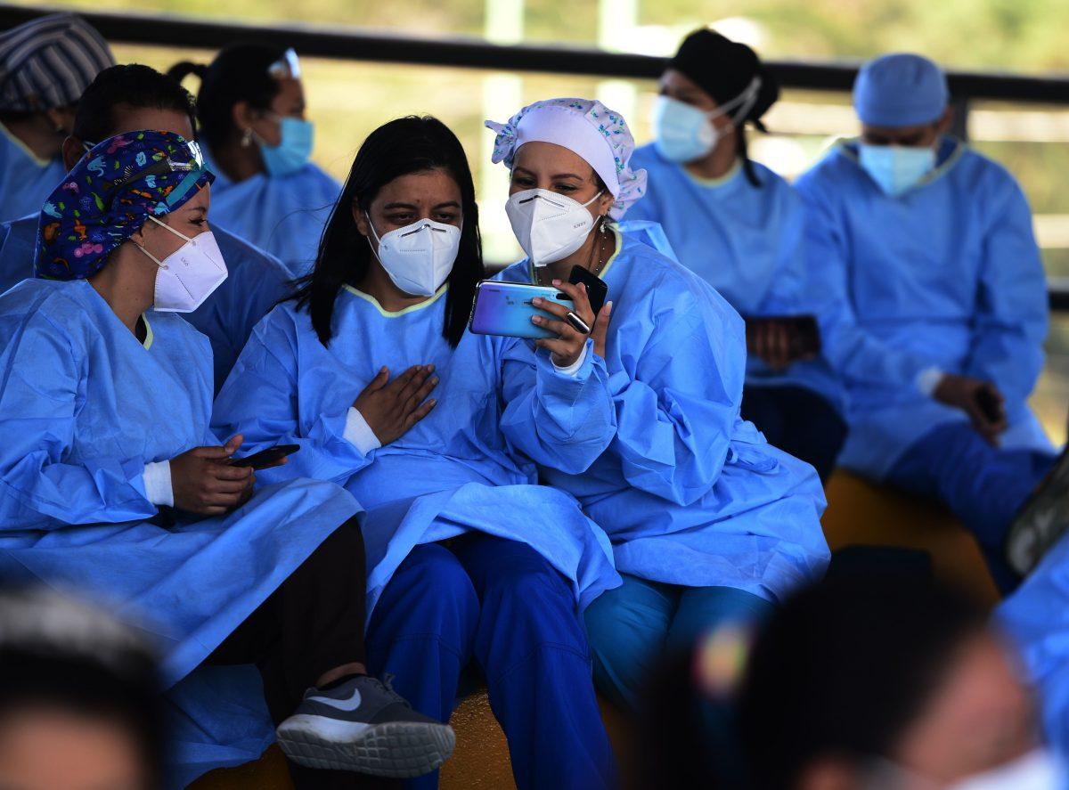 Honduras decreta un toque de queda ante el incremento de casos de covid-19