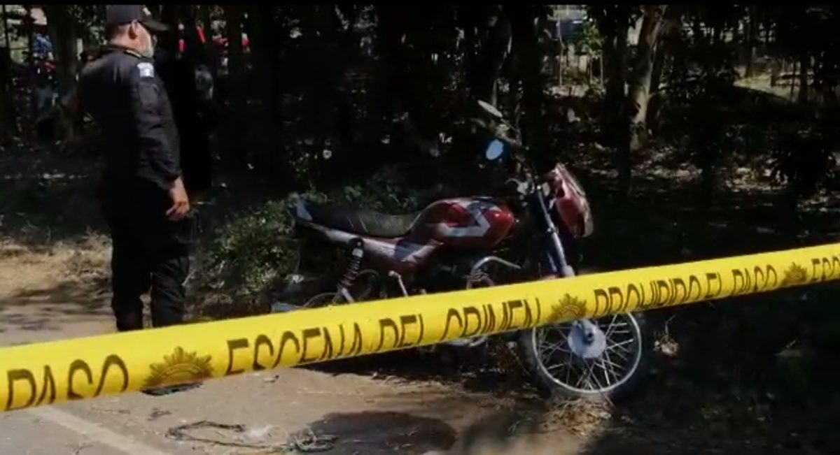 Arrollan a dos personas y los capturan porque el vehículo se descompuso