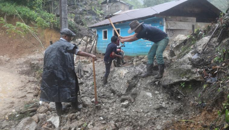 La Cepal recomienda a Guatemala crear una política financiera para enfrentar los desastres naturales en su informe de evaluación.  (Foto Prensa Libre: Hemeroteca)