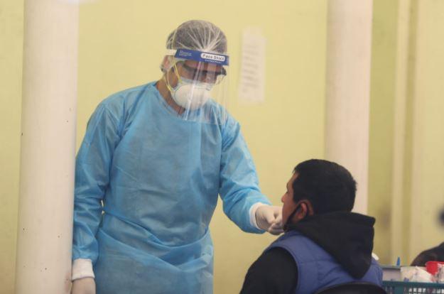 El IGSS tiene preparado su plan de vacunación contra el covid-19. (Foto Prensa Libre: Érick Ávila)