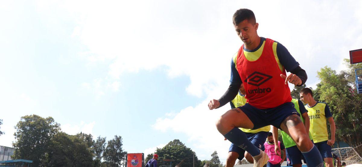 """Alejandro 'el Gambeta' Díaz: """"Esto es futbol y todo puede pasar, pero nosotros estamos muy bien"""""""