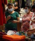 Mercados deben cumplir protocolos en todas sus áreas para atender a la clientela. (Foto Prensa Libre: Esbin García)