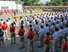 Autoridades mexicanas se preparan ante llegada de caravana de hondureños. (Foto Prensa Libre: @INAMI_mx)