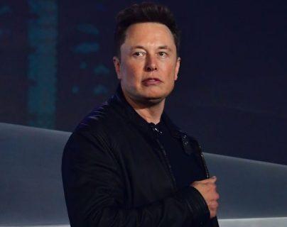 El empresario Elon Musk cree que la mayor parte de su dinero se gastará en la construcción de una base en Marte. (Foto Prensa Libre: EFE)