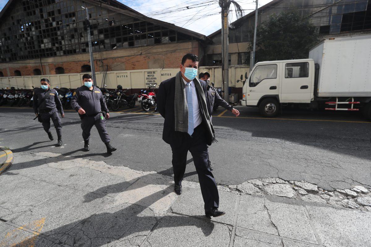 Ligan a proceso al exdiputado Estuardo Galdámez, vinculado al caso Asalto al Ministerio de Salud