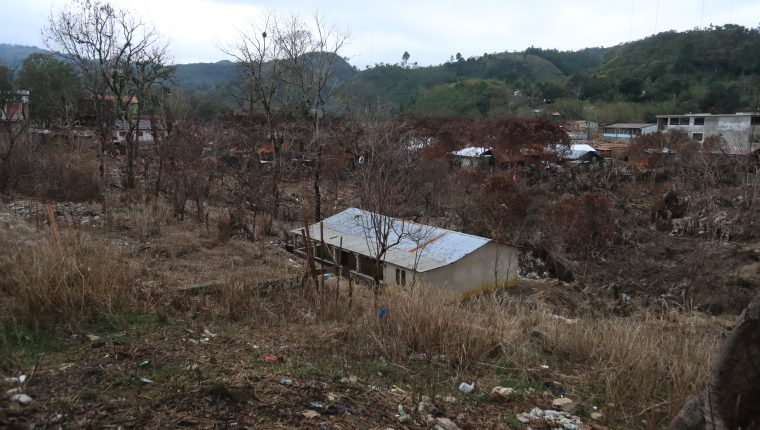 Campur, San Pedro Carchá, Alta Verapaz, sufrió serios daños luego del paso de las tormentas Eta e Iota, (Foto Prensa Libre: Juan Diego González)