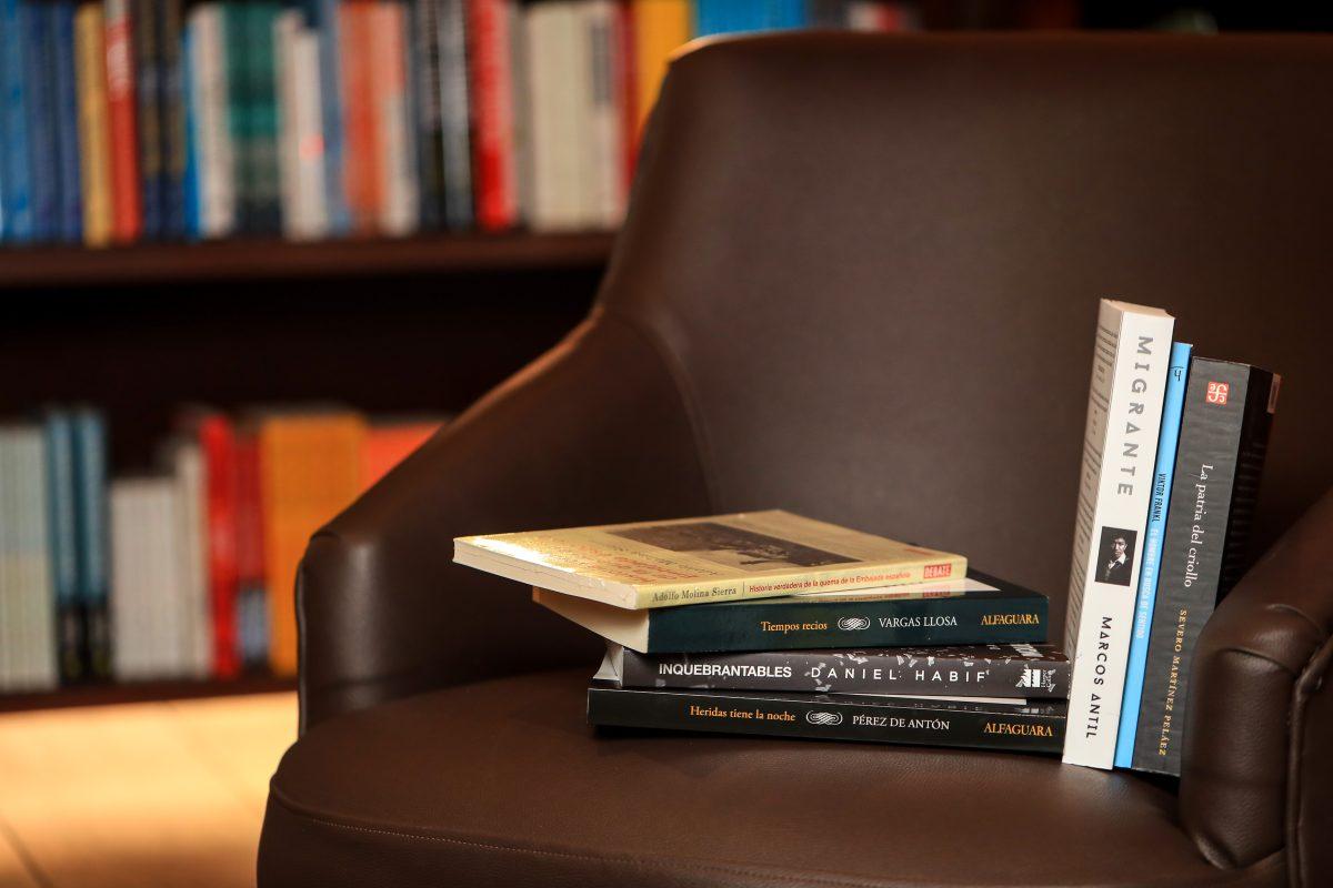 Cuáles fueron los libros más leídos en Guatemala durante el 2020 y cómo se enfrentaron las librerías la pandemia