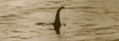 Foto de los años 30 que se asociaba al monstruo del Lago Ness pero que con el tiempo quedó claro que era un montaje.