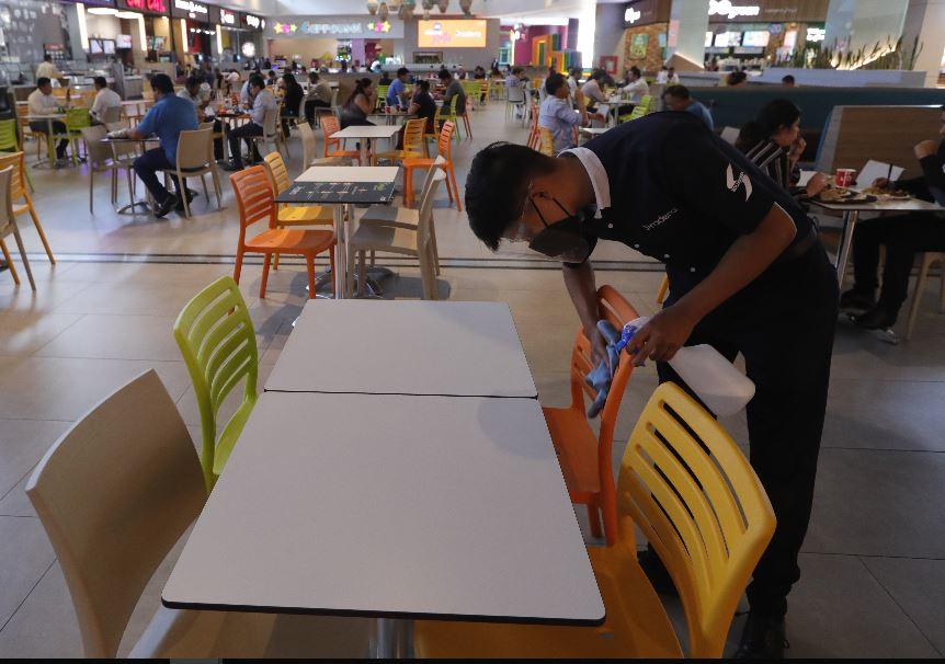 Coronavirus: Gobierno retirará restricción de horario a centros comerciales