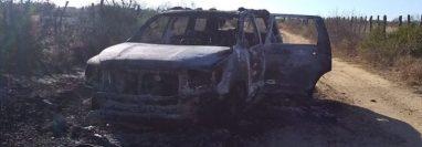 Las autoridades mexicanas encontraron 19 cuerpos carbonizados en dos vehículos en Tamaulipas. (Foto Prensa Libre: Tomada de @FuriaNegra7)