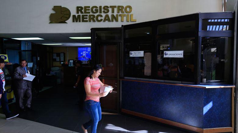 """Por qué la pandemia tuvo un """"doble"""" efecto sobre la inscripción de empresas en Guatemala"""