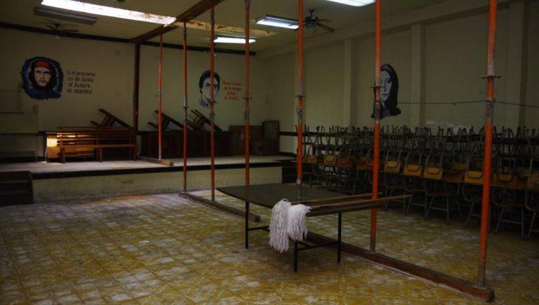 El Bufete Popular necesita reparaciones en su infraestructura por lo que las autoridades universitarias decidieron trasladarlo a la ciudad universitaria en zona 12. Foto Prensa Libre: Cortesía.