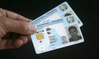Guatemaltecos  deberán presentar DPI para vacunarse contra el covid-19. (Foto: Hemeroteca PL)