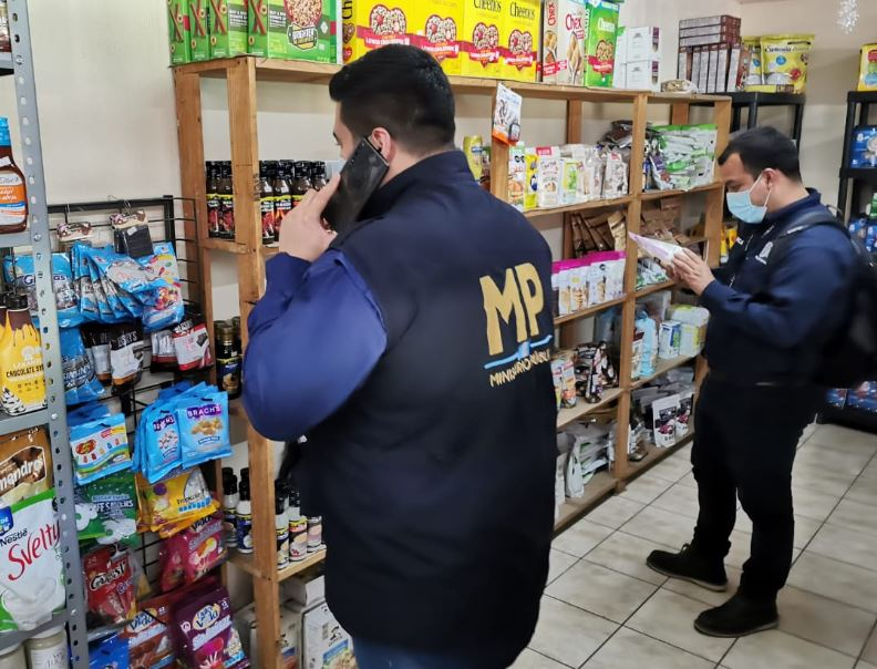Los dos lados de la ley seca: baja la violencia pero sube el contrabando