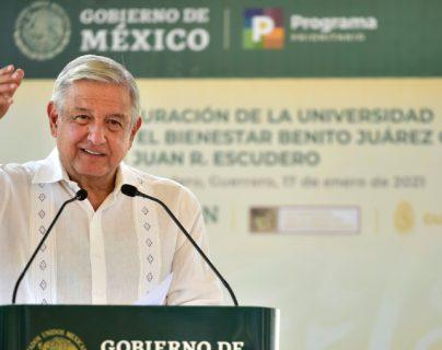 México está de acuerdo en reducir pedidos de la dosis de la vacuna de Pfizer contra el covid-19. (Foto Prensa Libre: AFP)