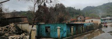 El agua ha descendido en Campur, aunque aún quedan daños en casas e infraestructura vial. (Foto: cortesía Erick Choj)