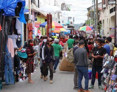 Creen que el covid-19 no existe: tres comunidades de Chichicastenango ya no usarán la mascarilla