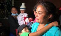 Migrantes narran las dificultades que tienen que afrontar en Honduras. (Foto Prensa Libre)