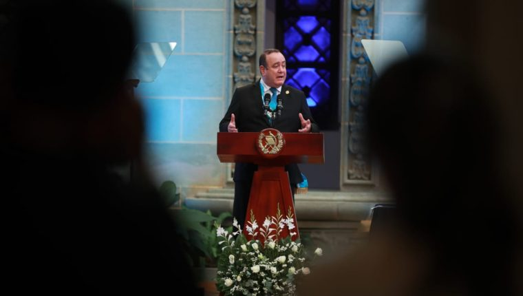 El presidente Alejandro Giammattei presentó este jueves 14 de enero su primer informe de gobierno. (Foto Prensa Libre: Carlos Hernández Ovalle)