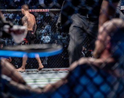¡A la lona! Dustin Poirier derrota a Conor McGregor por KO en el UFC