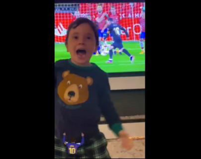 La tierna y enloquecida celebración de los hijos de Leo Messi tras la anotación de tiro libre de su papá